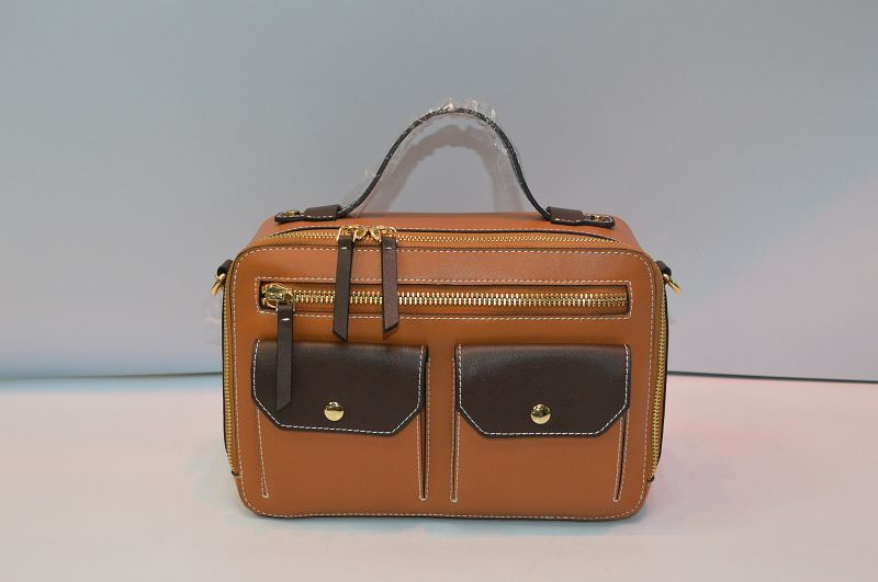 Brown leather handbag BE-4536